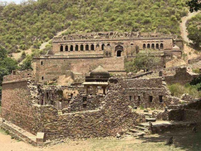 Tvrđava Bhangarh, Indija