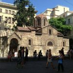 Kako se zove mala crkva u ulici Ermu na Sintagmi