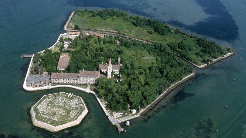 Ostrvo Poveglia, Italija